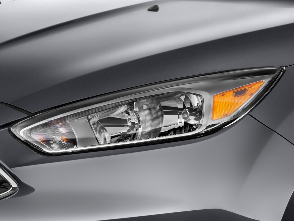 Image  2015 Ford Focus 5dr Hb Se Headlight  Size  1024 X 768  Type  Gif  Posted On  May 11  2015