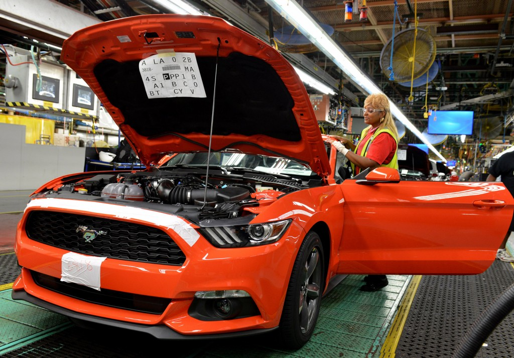 2015 Ford Mustang production at Flat Rock Assembly Plant, Michigan