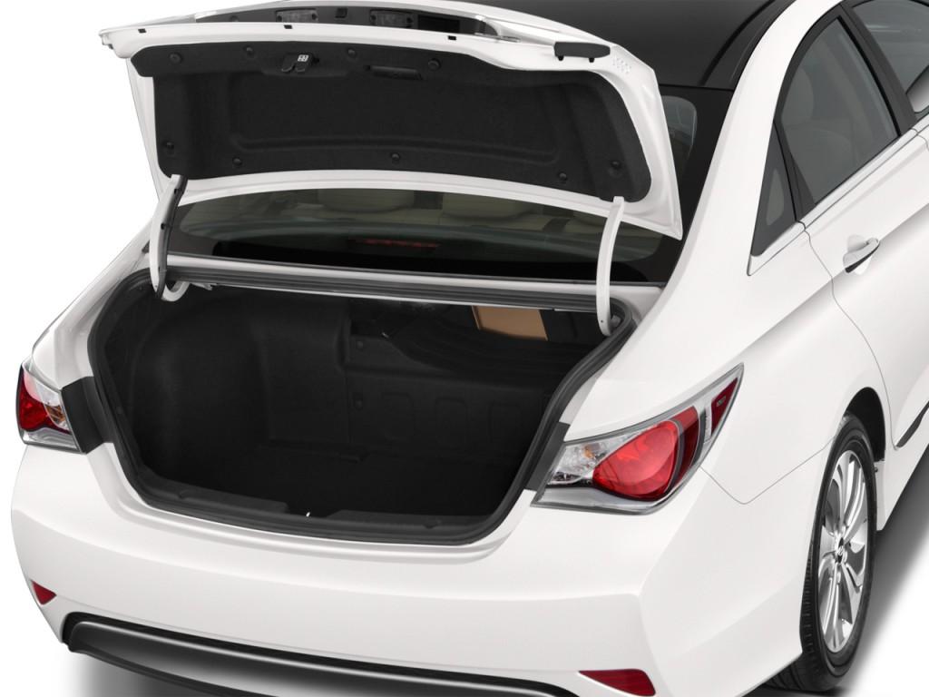 Image 2015 Hyundai Sonata Hybrid 4 Door Sedan Limited