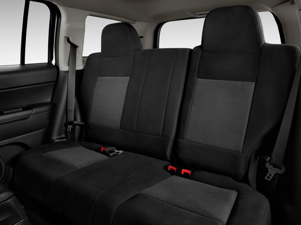 Image 2015 Jeep Patriot Fwd 4 Door Latitude Rear Seats