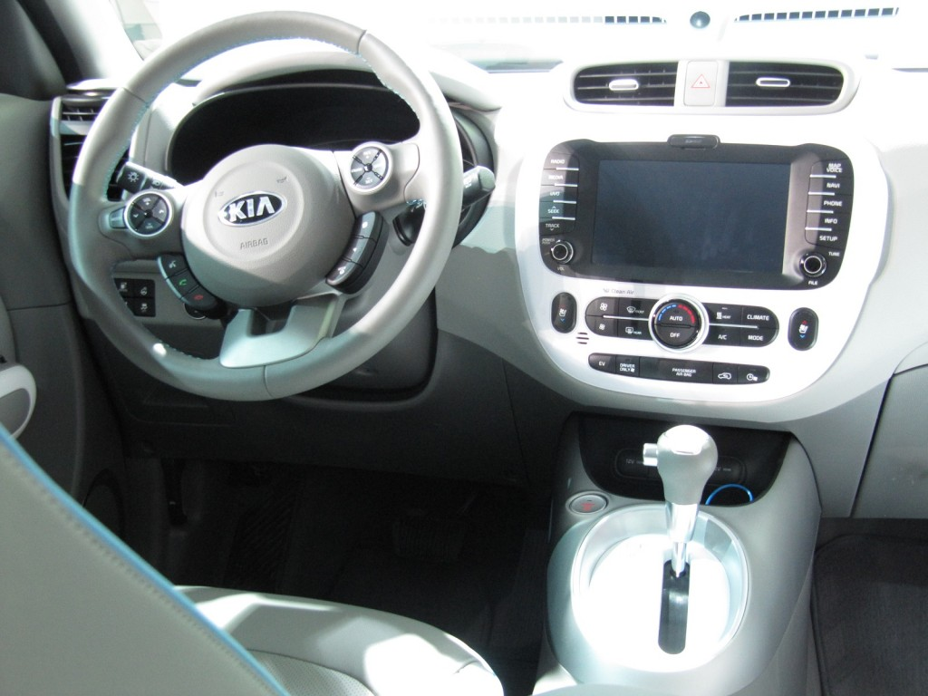 2015 Kia Soul EV, launched at 2014 Chicago Auto Show