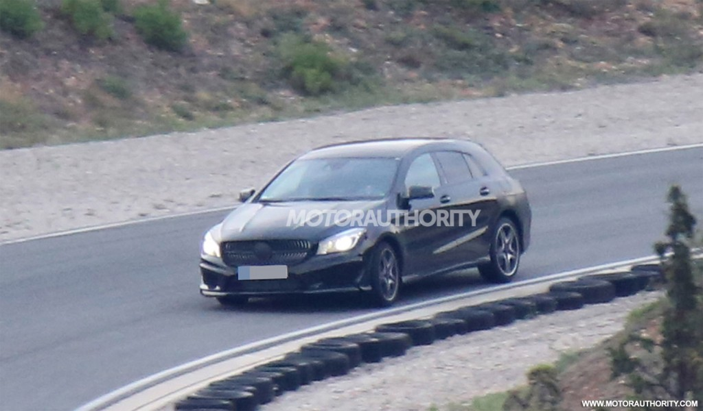 2015 Mercedes-Benz CLA Shooting Brake spy shots