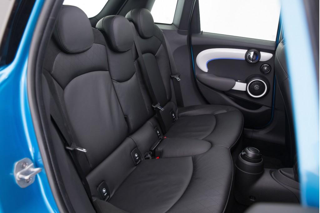 2015 MINI Cooper 5 Door