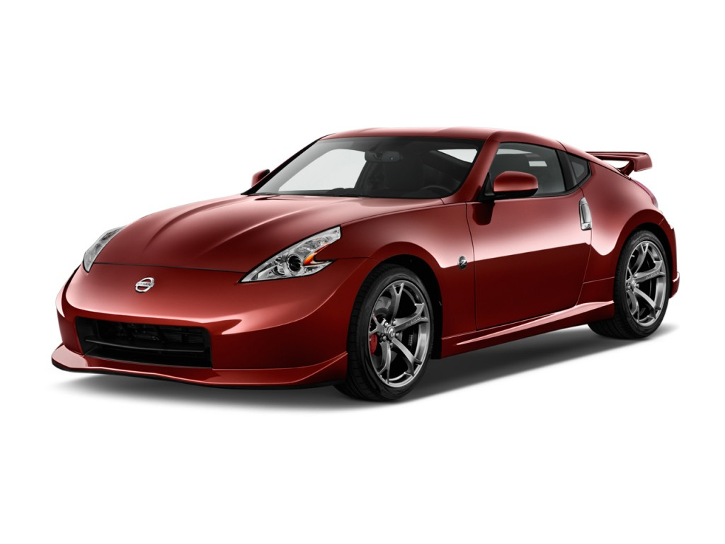 Image: 2015 Nissan 370Z 2-door Coupe Auto NISMO Angular Front ...