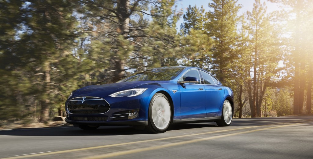 Tesla Replaces Entry-Level Model S With $75,000 Model S 70D, Boasting 240-Mile Range