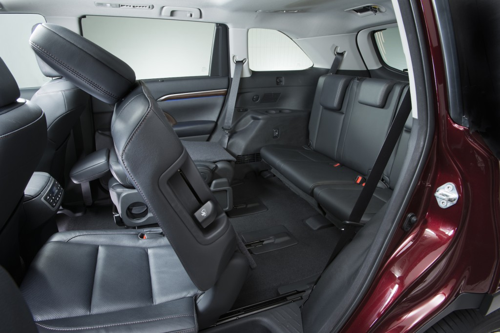 Toyota Highlander Hybrid Interior >> Five Most Fuel-Efficient Vehicles With Third-Row Seating