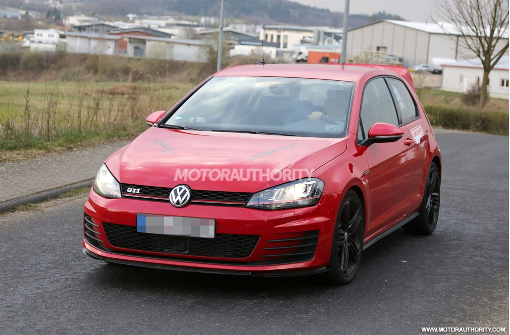 2015 Volkswagen Golf GTI 'Club Sport' spy shots