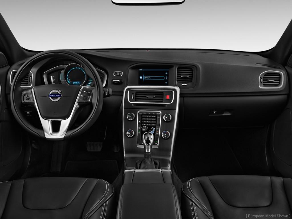 Image: 2015 Volvo S60 4-door Sedan T5 AWD Dashboard, size ...