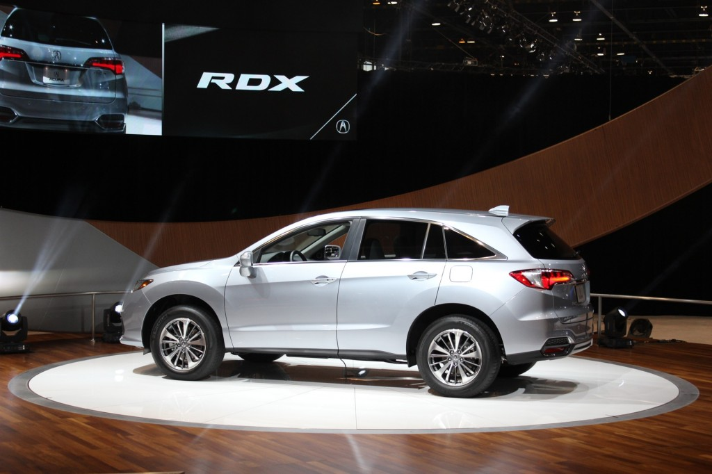 image 2016 acura rdx 2015 chicago auto show live photos. Black Bedroom Furniture Sets. Home Design Ideas