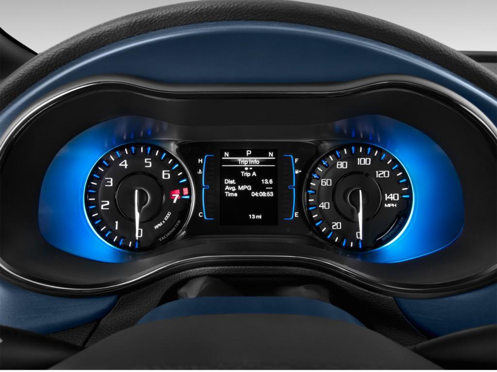 Image 2016 chrysler 200 4 door sedan s fwd instrument - 2016 chrysler 200 interior lights ...