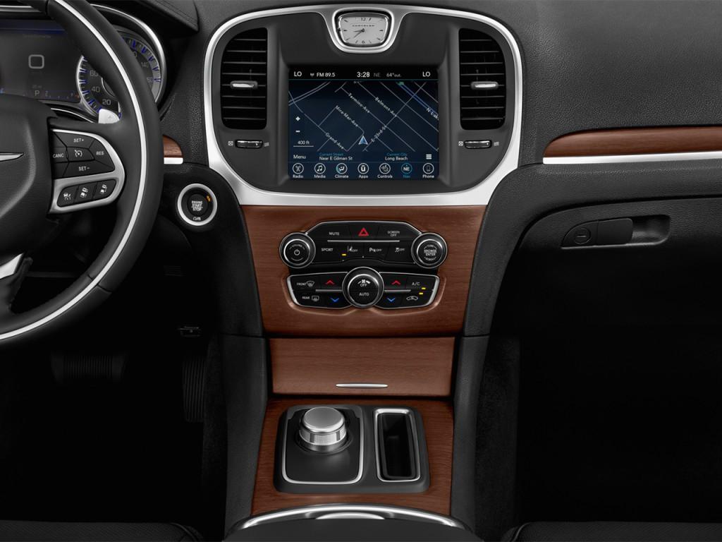 Image: 2016 Chrysler 300 4-door Sedan 300C Platinum RWD ...
