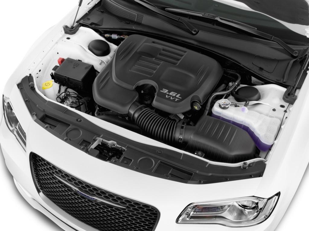 Image 2016 Chrysler 300 4 Door Sedan Limited Rwd Engine