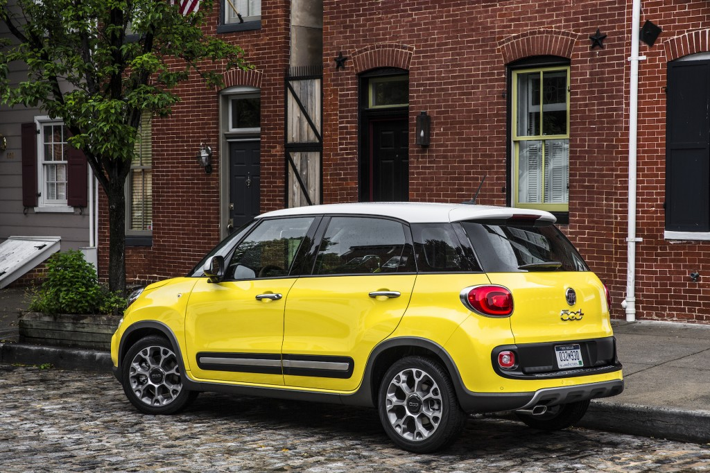 2017 fiat 500l review ratings specs prices and photos the car connection. Black Bedroom Furniture Sets. Home Design Ideas