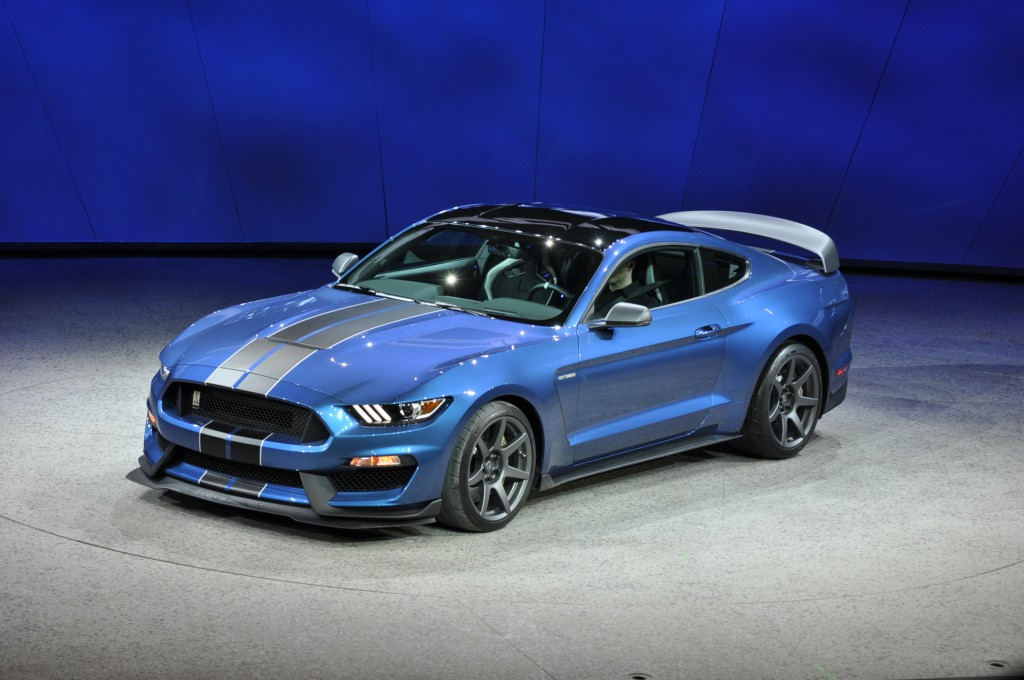 image 2016 ford mustang shelby gt350r 2015 detroit auto show size 1024 x 680 type gif. Black Bedroom Furniture Sets. Home Design Ideas