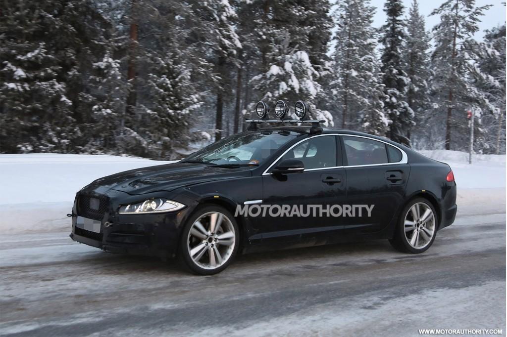2016 Jaguar XF spy shots - Image via S. Baldauf/SB-Medien