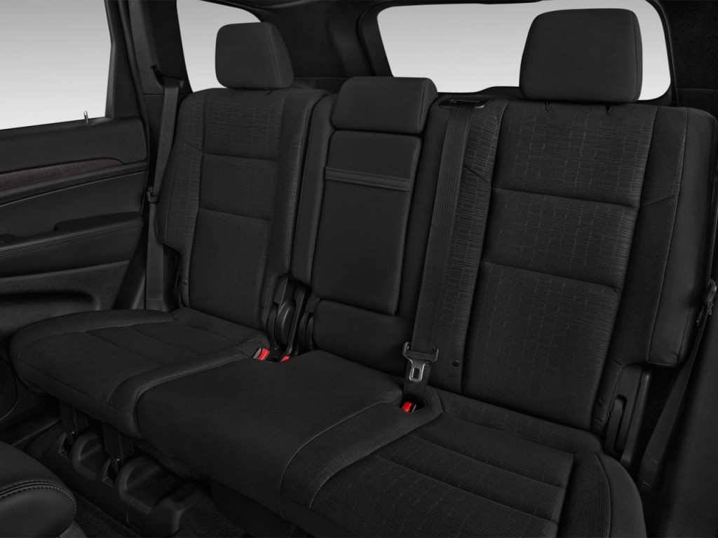 image 2016 jeep grand cherokee 4wd 4 door laredo rear seats size 1024 x 768 type gif. Black Bedroom Furniture Sets. Home Design Ideas