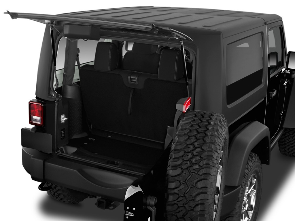 image 2016 jeep wrangler 4wd 2 door rubicon trunk size. Black Bedroom Furniture Sets. Home Design Ideas