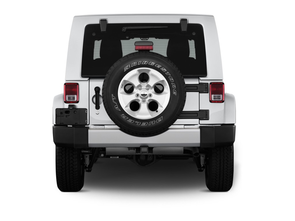 Image 2016 Jeep Wrangler Unlimited 4wd 4 Door Sahara Rear Exterior View Size 1024 X 768 Type