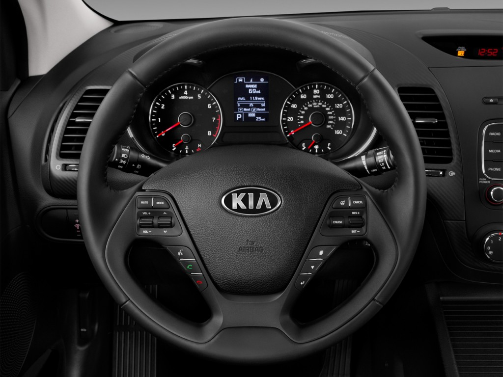 image 2016 kia forte 2 door coupe auto ex steering wheel size 1024 x 768 type gif posted. Black Bedroom Furniture Sets. Home Design Ideas