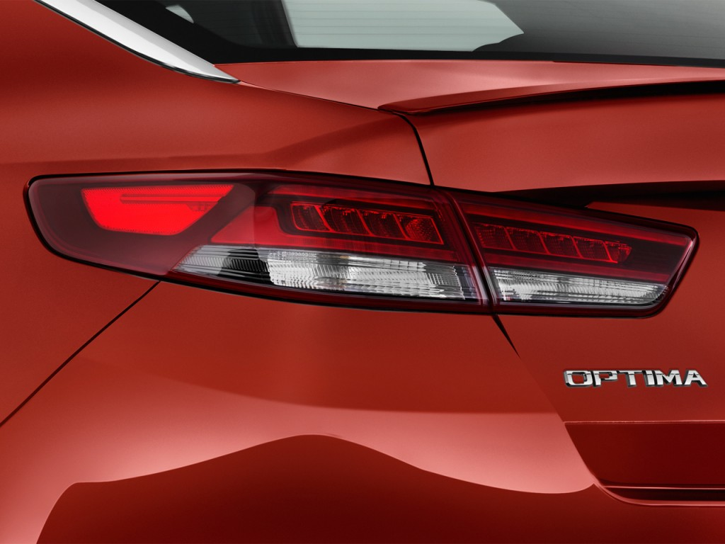 Kia Optima Door Sedan Sx Turbo Tail Light L on Kia Sorento Battery Size