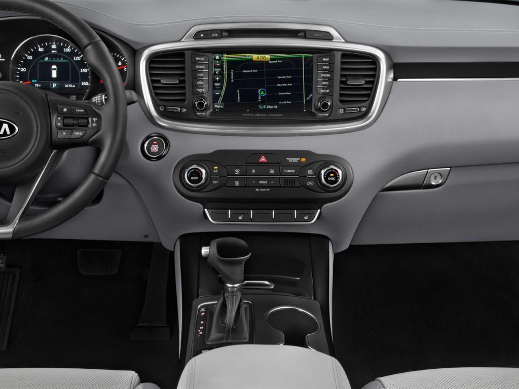 Image: 2016 Kia Sorento FWD 4-door 3.3L SX Instrument ...