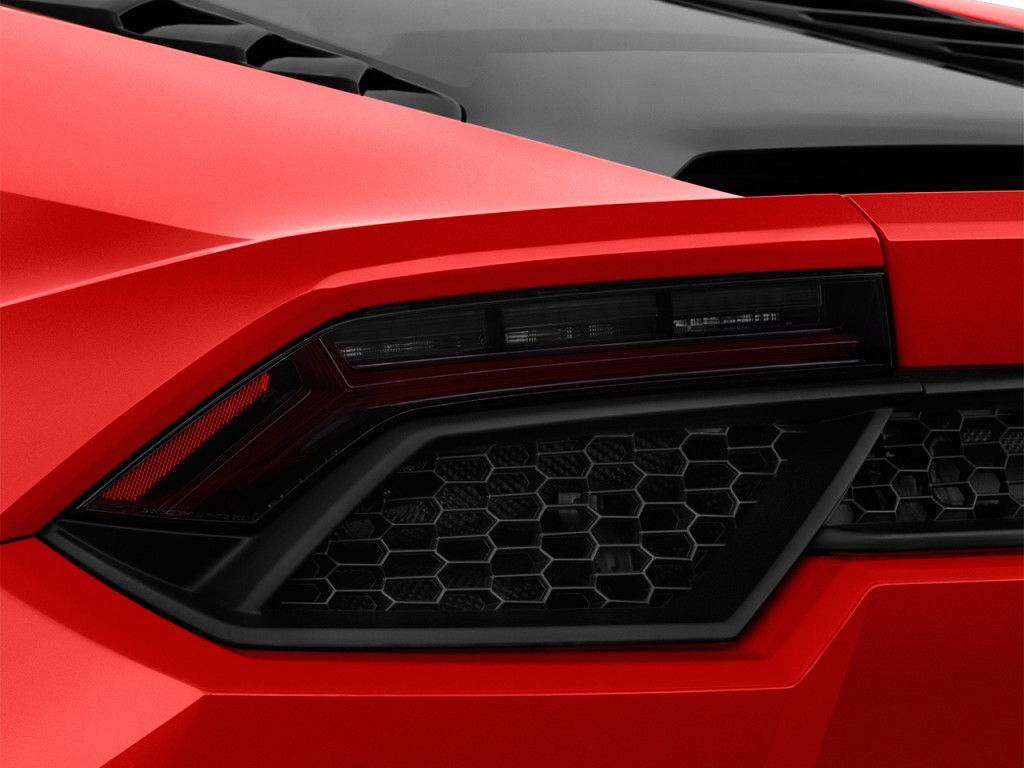 image 2016 lamborghini huracan 2 door coupe lp 580 2 rwd tail light size 1. Black Bedroom Furniture Sets. Home Design Ideas