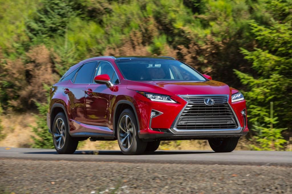 Lexus RX vs. Lincoln MKX: Compare Cars