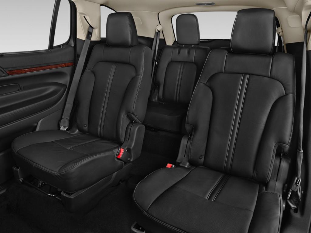 Image 2016 Lincoln Mkt 4 Door Wagon 3 7l Fwd Rear Seats