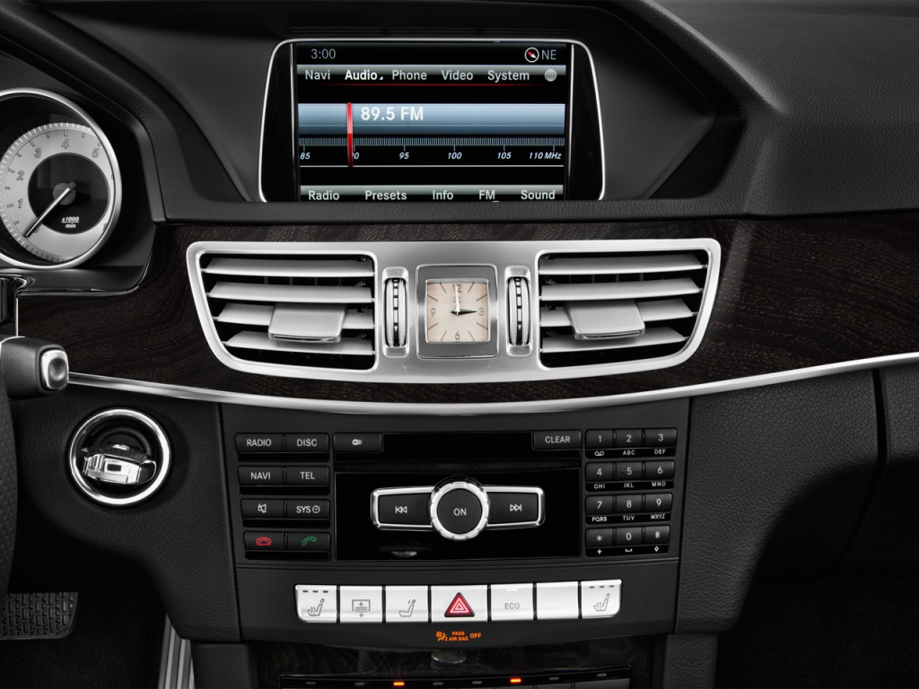 Image 2016 mercedes benz e class 4 door sedan e350 sport for Mercedes benz car audio