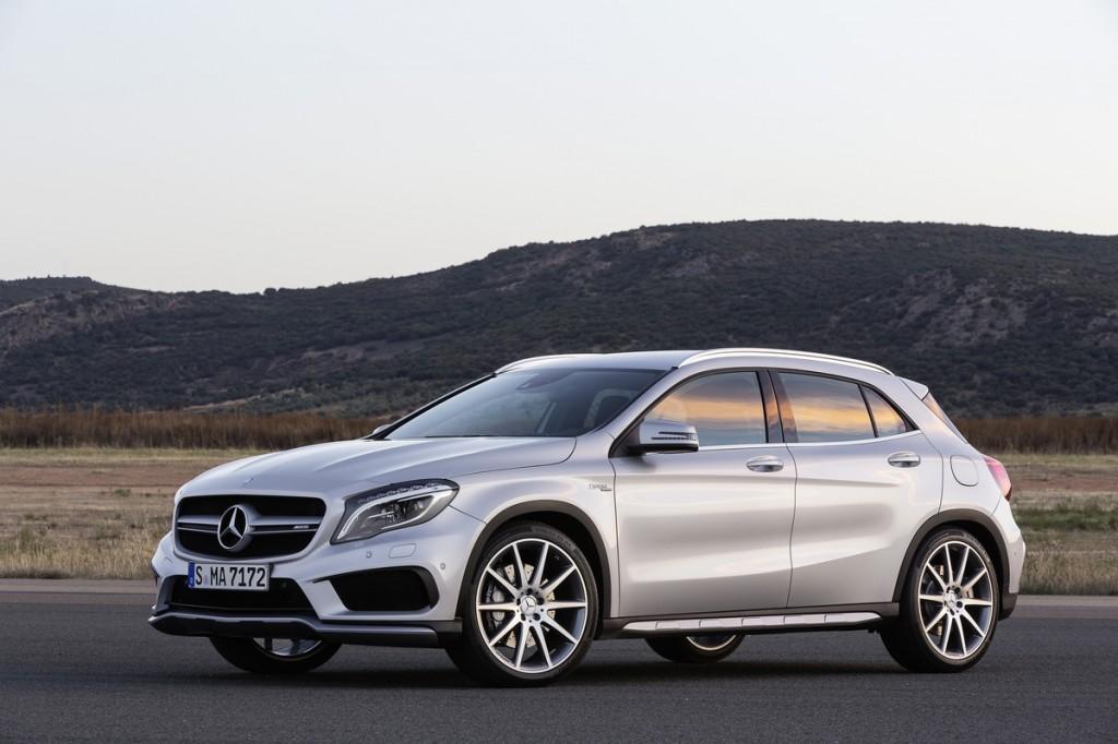 Kết quả hình ảnh cho Mercedes GLA 45 mới
