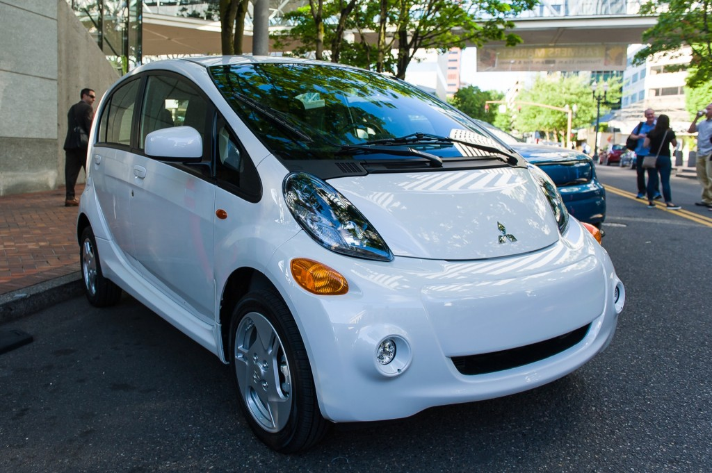 image 2016 mitsubishi i miev quick drive portland or july 2015 photo doug berger size. Black Bedroom Furniture Sets. Home Design Ideas