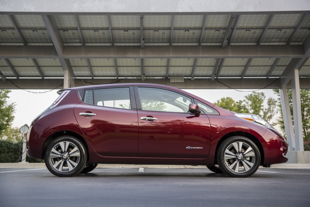 2017 Nissan Leaf Vs. 2017 Ford Focus Electric: Compare Cars