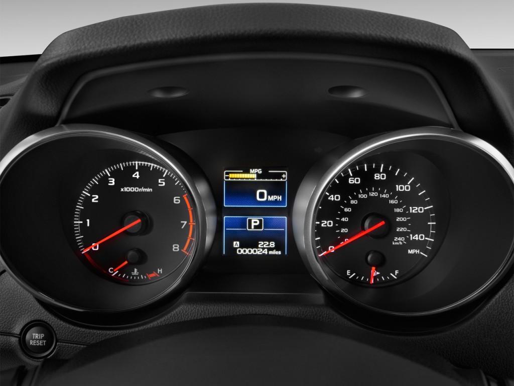 Image: 2016 Subaru Outback 4-door Wagon 2.5i Instrument ...