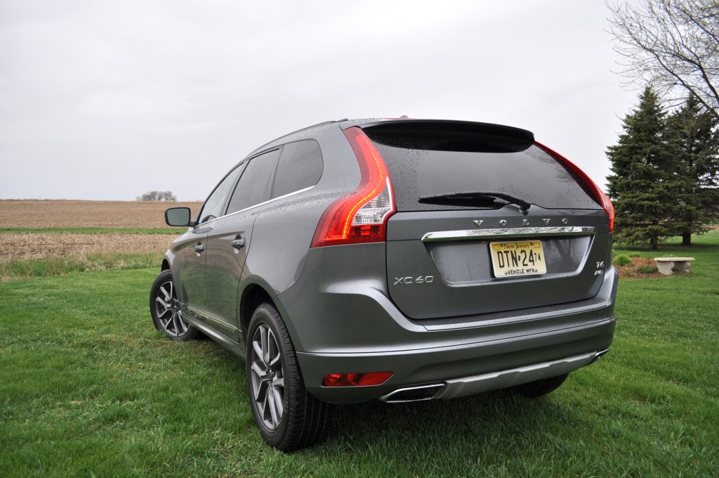 2016 volvo xc60on 2015 - photo #28