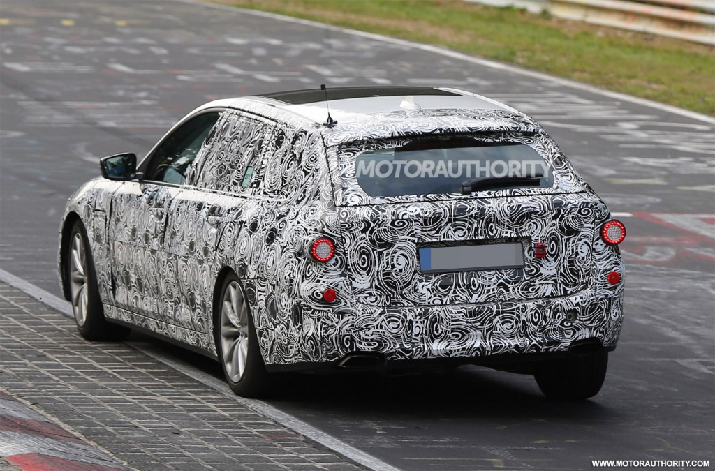 Bmw X2 2017 Aaa >> Image: 2017 BMW 5-Series Sports Wagon (Touring) spy shots - Image via S. Baldauf/SB-Medien, size ...