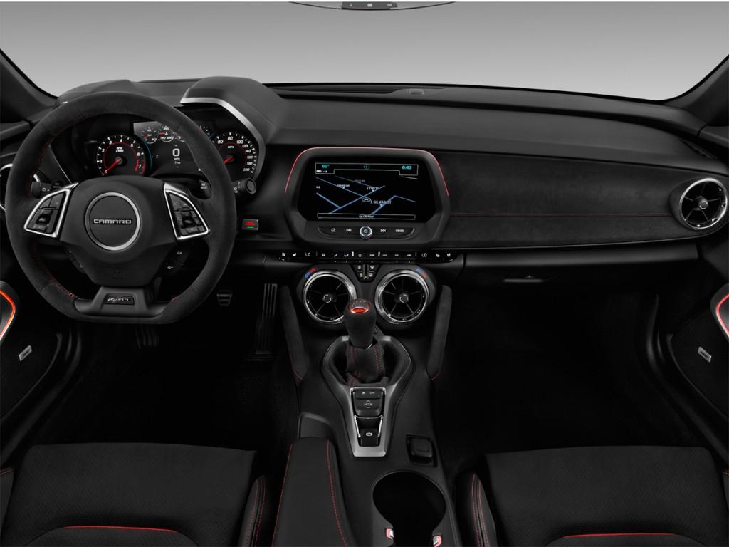Image: 2017 Chevrolet Camaro 2-door Coupe ZL1 Dashboard ...