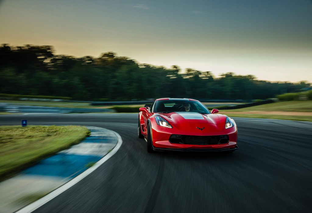 Image: 2017 Chevrolet Corvette Grand Sport, red, size ...