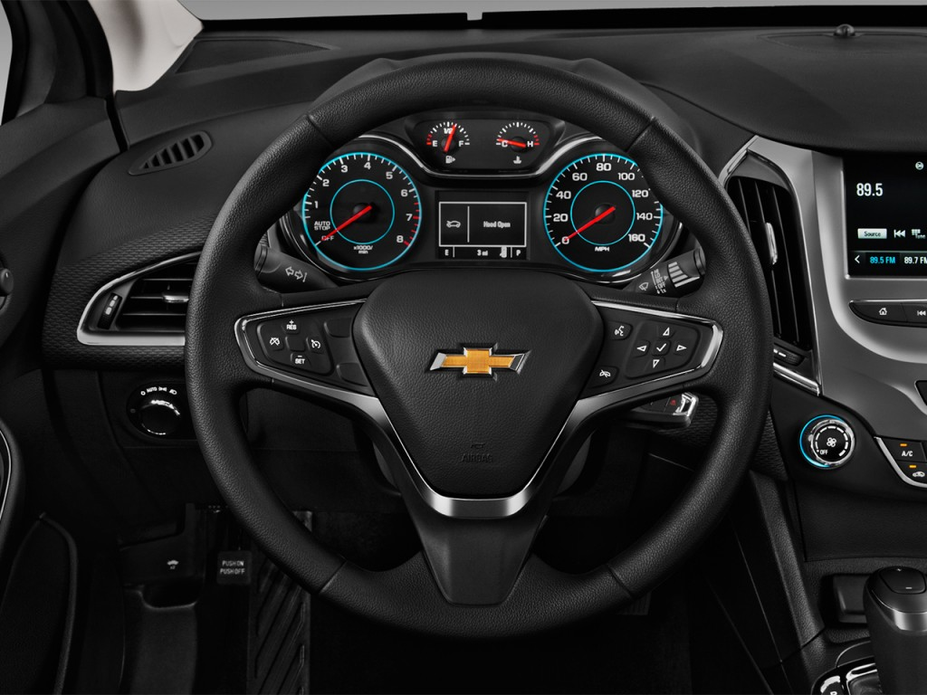 image 2017 chevrolet cruze 4 door hb 1 4l lt w 1sd steering wheel size 1024 x 768 type gif. Black Bedroom Furniture Sets. Home Design Ideas