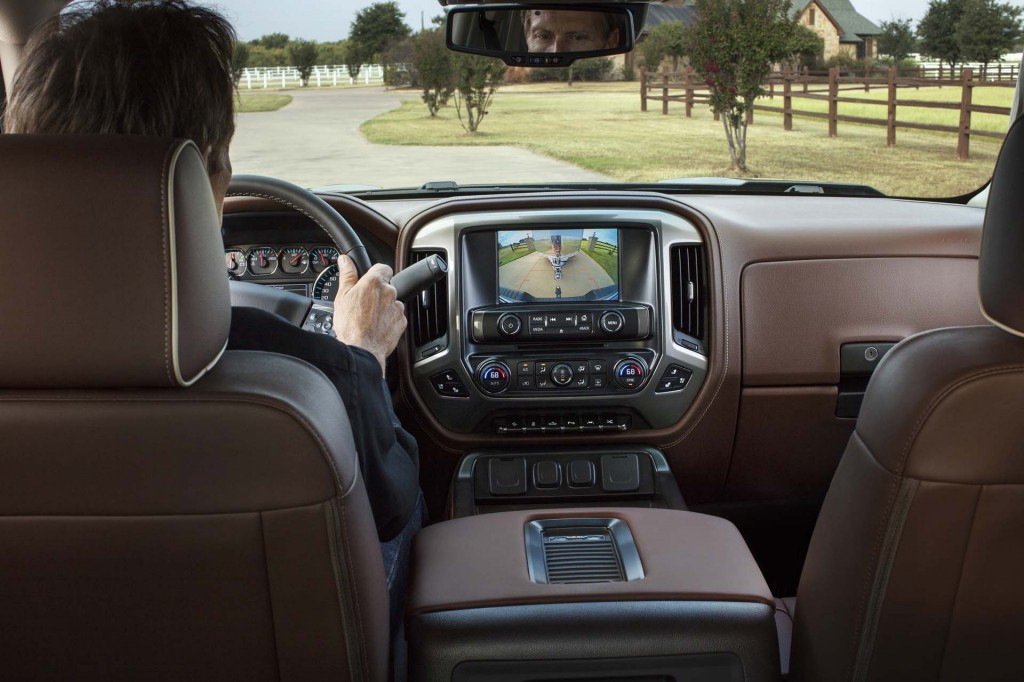 Image 2017 chevrolet silverado size 1024 x 682 type gif posted on october 19 2016 6 33