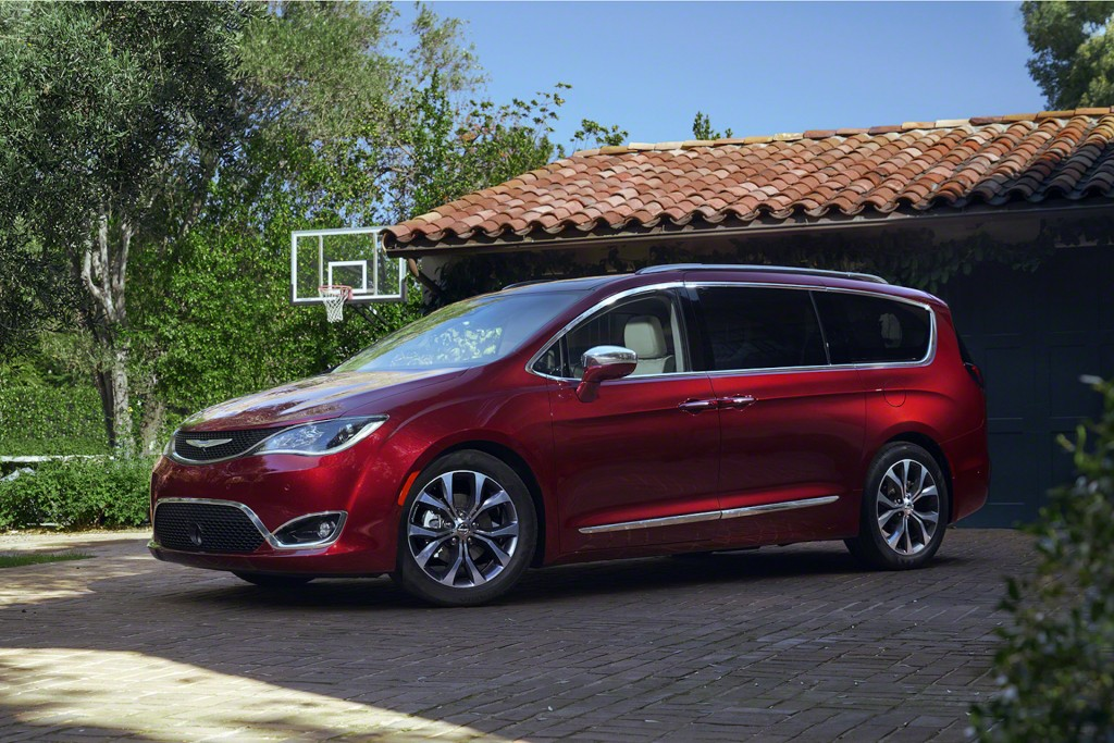 2017 Chrysler Pacifica Preview Video