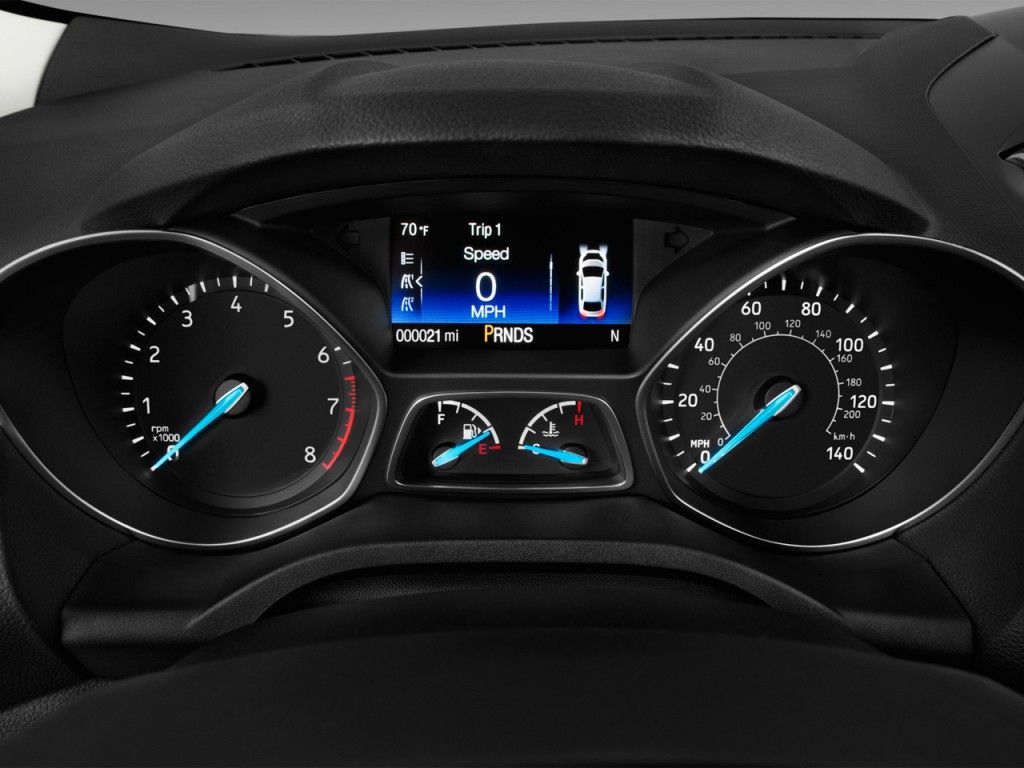 Image: 2017 Ford Escape Titanium FWD Instrument Cluster ...