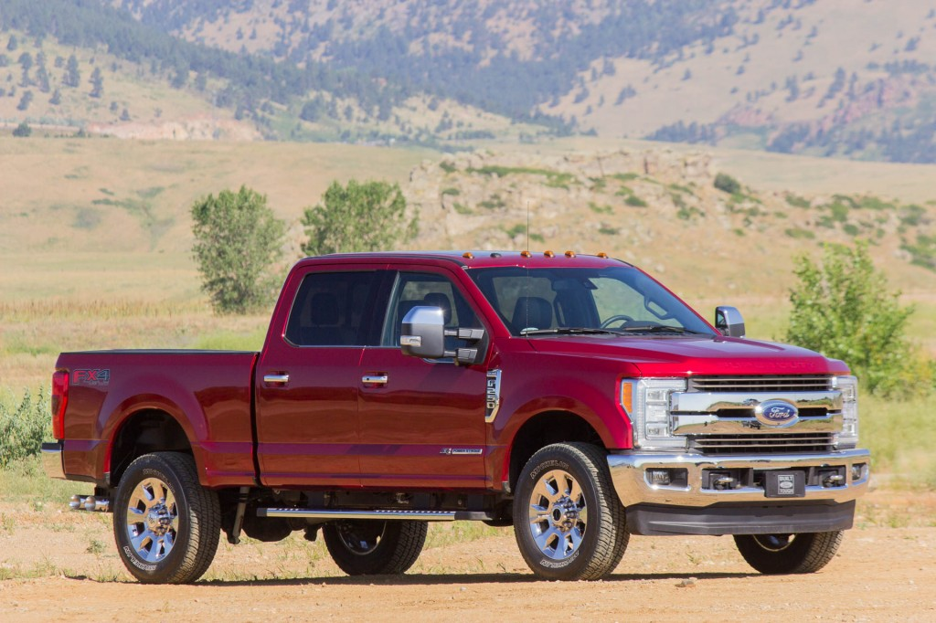 2017 ford super duty first drive fetes of strength page 3. Black Bedroom Furniture Sets. Home Design Ideas