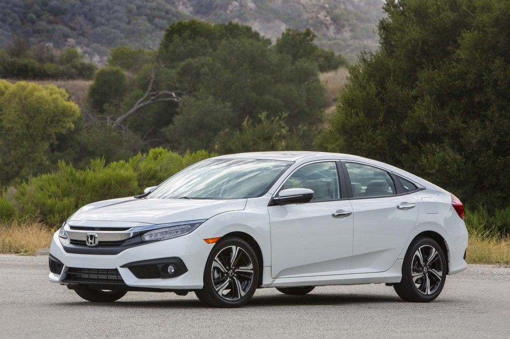 Honda Civic: The Car Connection's Best Economy Vehicle to Buy 2017