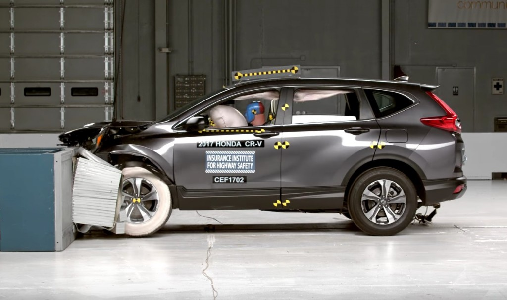 2017 Honda CR-V IIHS crash test