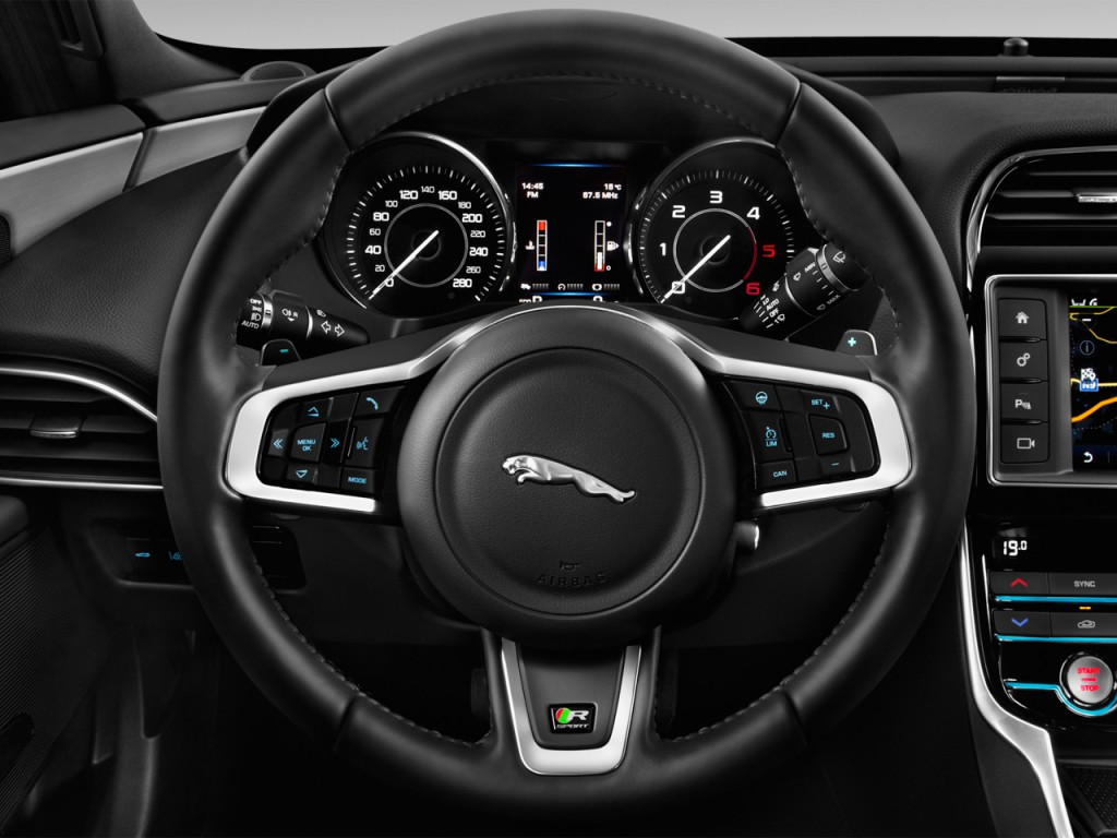 Image: 2017 Jaguar XE 4-door Sedan 20d R-Sport RWD ...