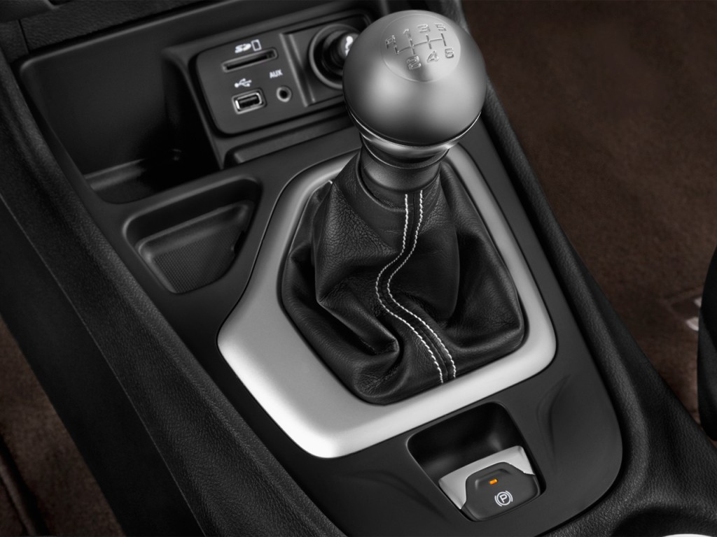 Image: 2017 Jeep Cherokee Limited FWD Gear Shift, size ...