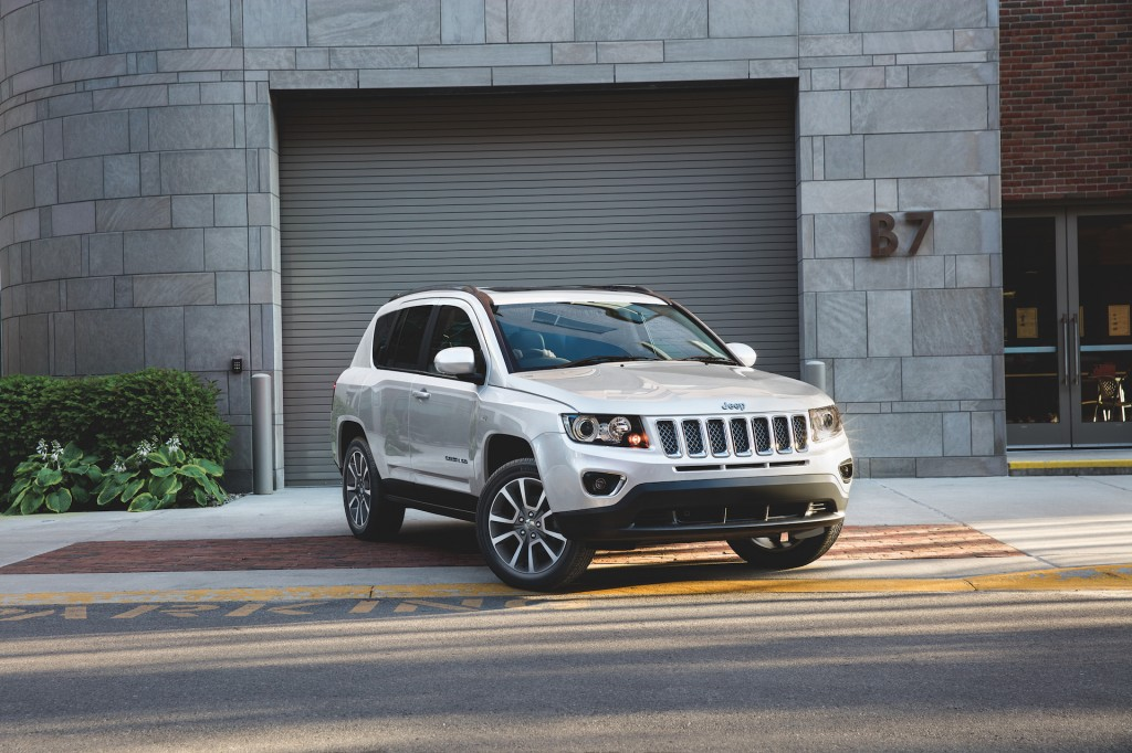 New And Used Jeep Liberty For Sale The Car Connection ... type: gif, posted on: September 1, 2016, 7:29 am - The Car Connection