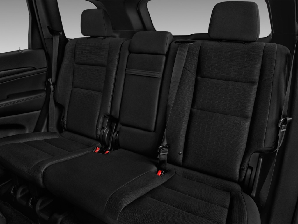 Image 2017 jeep grand cherokee laredo 4x2 rear seats - 2017 jeep cherokee limited interior ...