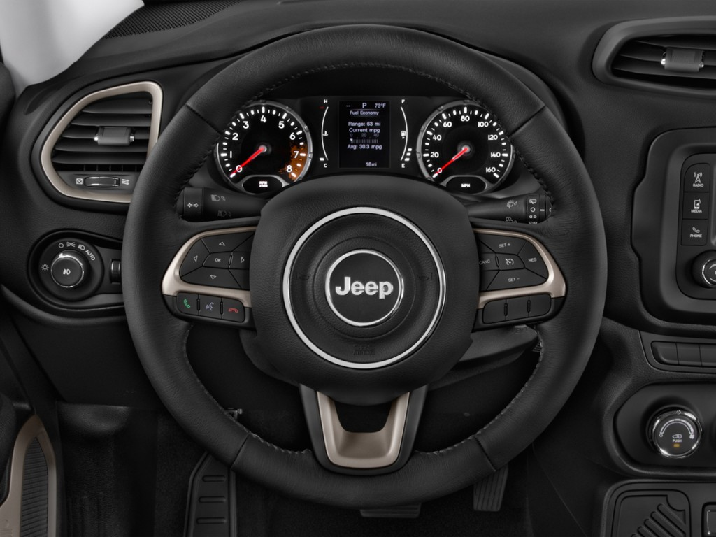 Image: 2017 Jeep Renegade Latitude FWD Steering Wheel ...