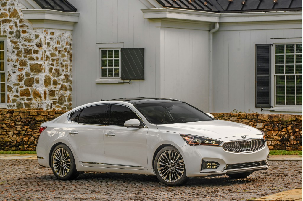 2017 Kia Cadenza: Best Car to Buy Nominee